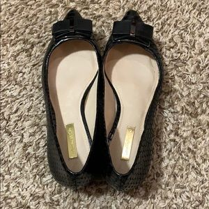 Louise et Cie Pointed-Toe Bow Flats - Size 8